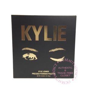 Kylie Jenner The Sorta Sweet Eyeshadow Palette